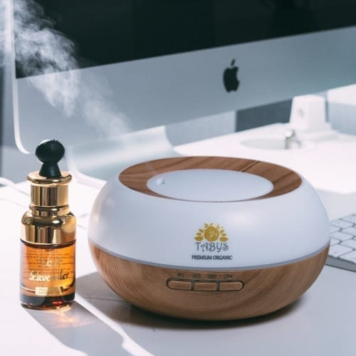 Essential Oil Diffuser with 30ml Lavender Sample 10